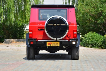 2020款北京BJ80 3.0T顶配版