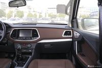 2019款领主2.5T乘用版柴油四驱手动标准型大双