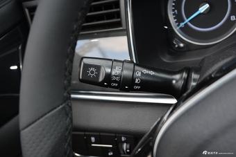 2020款潍柴汽车U70 1.5T自动智享精英版