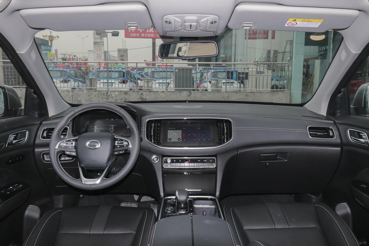 2020款传祺GS8 2.0T自动390T两驱豪华智联版7座