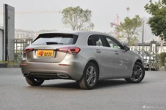 2019款奔驰A级1.3T自动A 200动感型