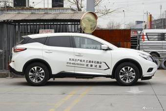 2021款楼兰2.5L XL两驱智联豪华版