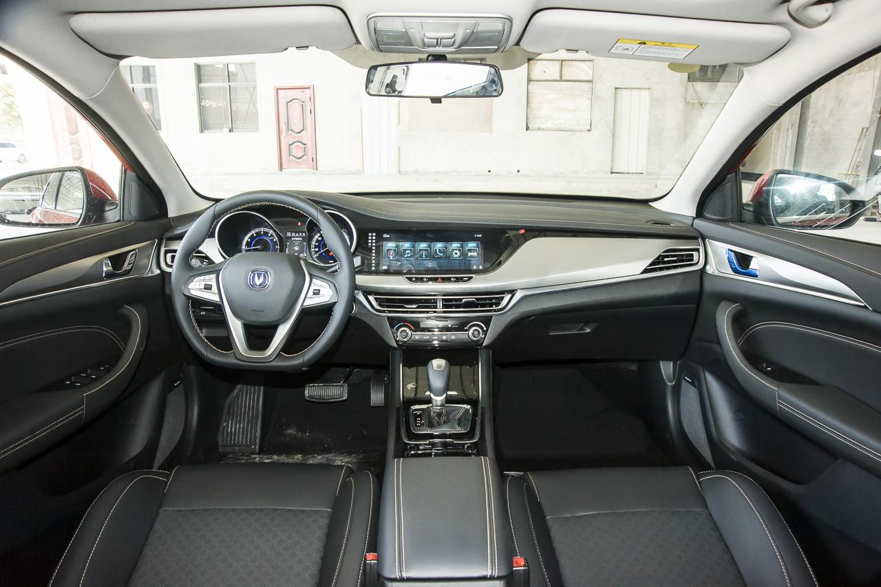 2019款逸动高能版1.6L GDI自动先锋型国VI