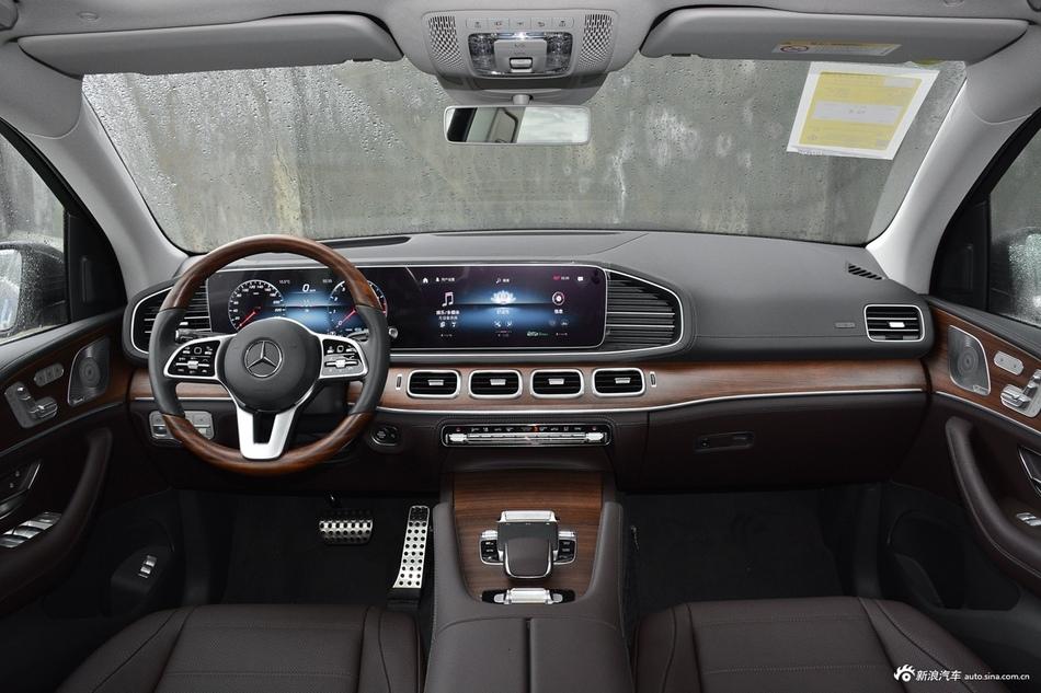 2020款奔驰GLS级3.0T 450 4MATIC豪华型