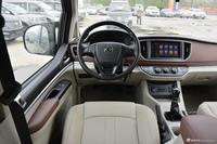 2020款菱智M5L 1.6L手动7座豪华型