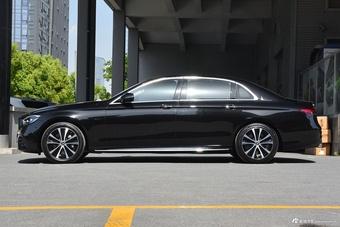 2021款奔驰E级混动 350 e L运动版