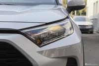 2020款RAV4荣放2.0L CVT两驱风尚版